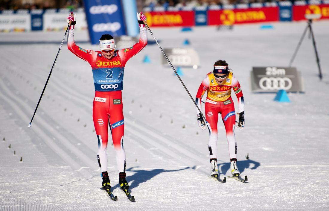 Ingvild Flugstad Östberg blev först med att slå Therese Johaug i ett distanslopp den här vintern. FOTO: Bildbyrån/Daniel Bergeld.