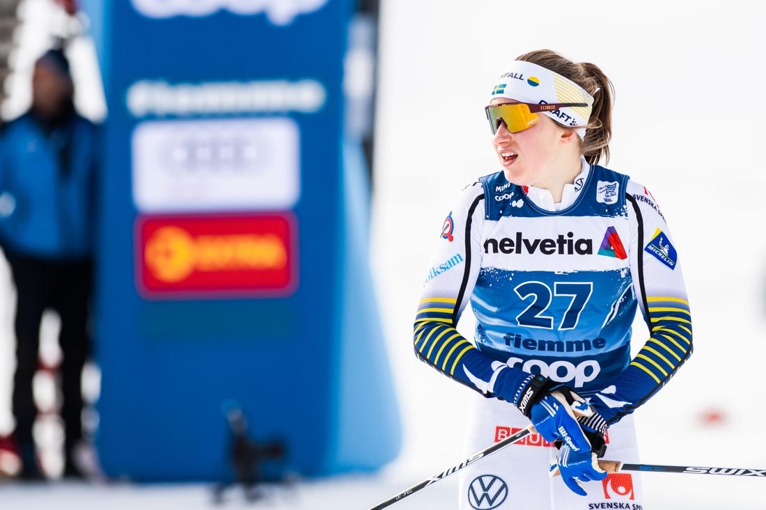 Ebba Andersson hade en tyngre dag på lördagens sprint men ligger sexa i sammandraget inför söndagens final. FOTO: Bildbyrån/Mathias Bergeld.