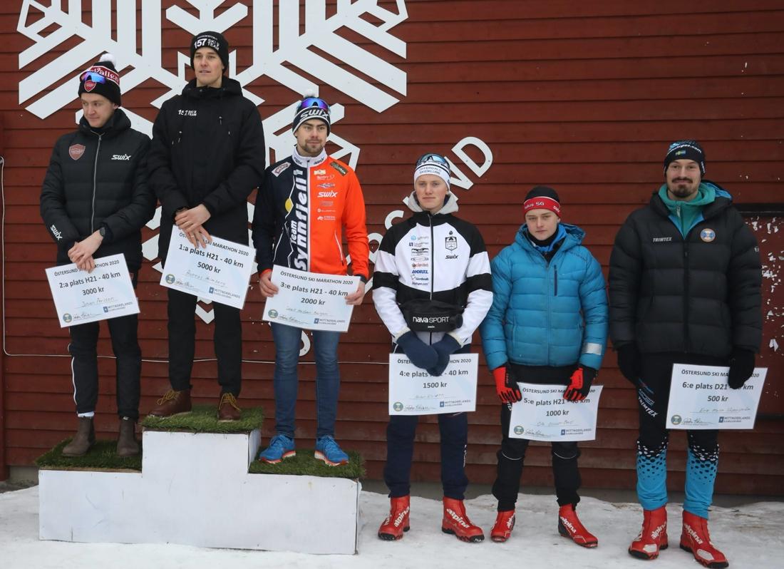 Topp sex i herrklassen. Fr.v. Johan Persson, Andreas Holmberg, Sivert Halfdan Bergan, Anton Elvseth, Olle Olsson-Bad och Erik Melin Söderström. FOTO: Mikael Hedström.