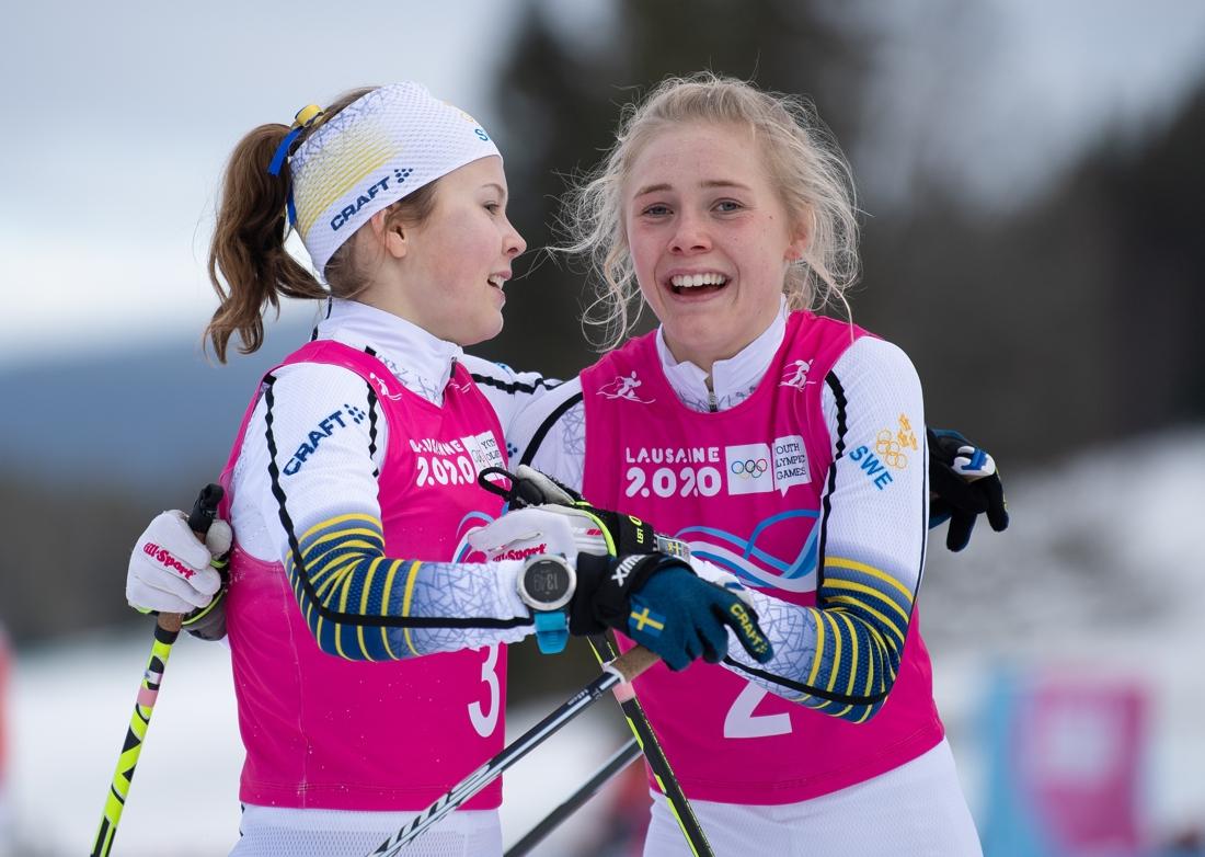 Märta Rosenberg och Tove Ericsson efter lördagens tävling. FOTO: Bildbyrån - OIS/Joel Marklund.