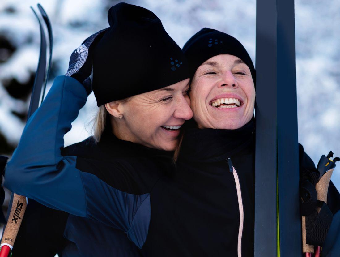 Kristin Kaspersen och Magdalena Forsberg åker Vasaloppet tillsammans söndag 1 mars. FOTO: Vasalöparen/Sofia Kallner.