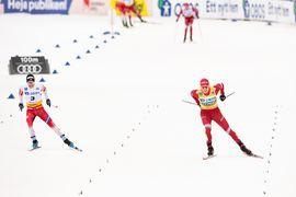 Alexander Bolshunov spurtade till seger före Sjur Röthe på masstarten i Falun. FOTO: Bildbyrån/Simon Hastegård.