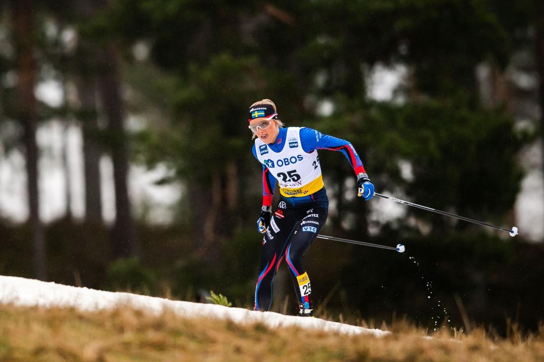 Frida Karlsson gjorde en stark comeback i Sollefteå skidor-dressen på världscupen i Falun. FOTO: Bildbyrån/Simon Hastegård.