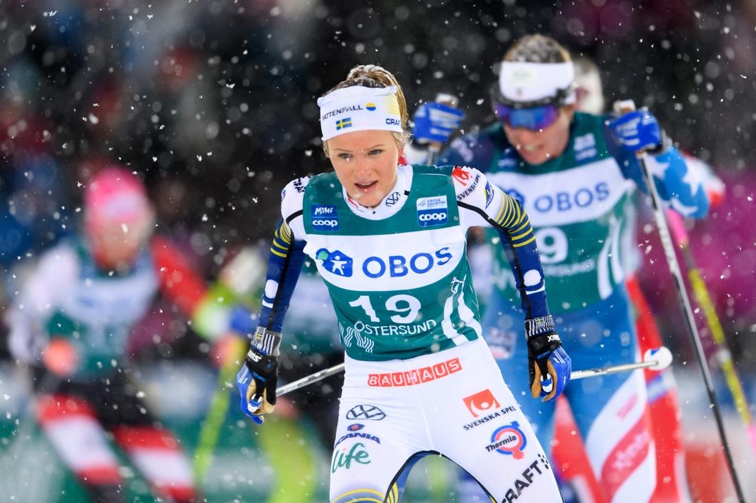Frida Karlsson öppnade ursinnigt och hade andra åktid i jaktstarten. FOTO: Bildbyrån/Carl Sandin.