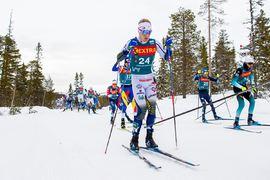 Jens Burman tappade mycket tid i utförskörningar på masstartsloppet i Meråker under Ski Tour 2020. FOTO: Bildbyrån/Vegard Wivestad Grött.