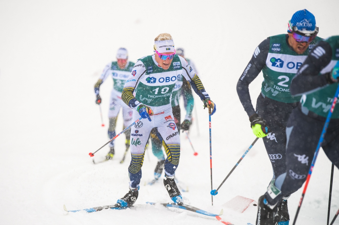 Jens Burman klättrade till 16:e plats. I bakgrunden syns andre svensk, Daniel Richardsson. FOTO: Bildbyrån/Vegard Wivestad Grött.
