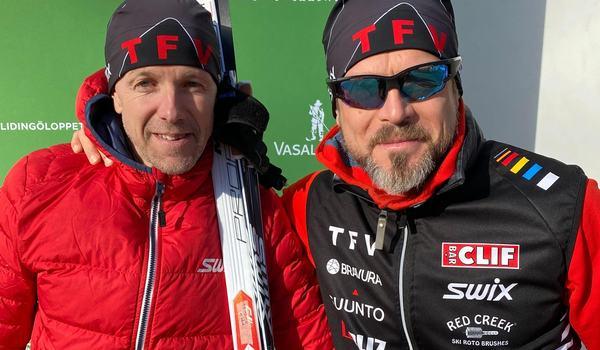 TFV-instruktörerna Johan Gustafsson och Johan Myhr hade tredje och bästa tid på Öppet spår måndag.