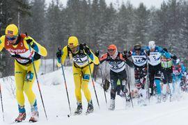 Chris Andre Jespersen drar före vinnaren Tore Björseth Berdal på Vasaloppet i fjol. Kan Berdal vinna på nytt? Eller blir det en svensk herrsegrare i år? FOTO: Visma Ski Classics/Magnus Östh.