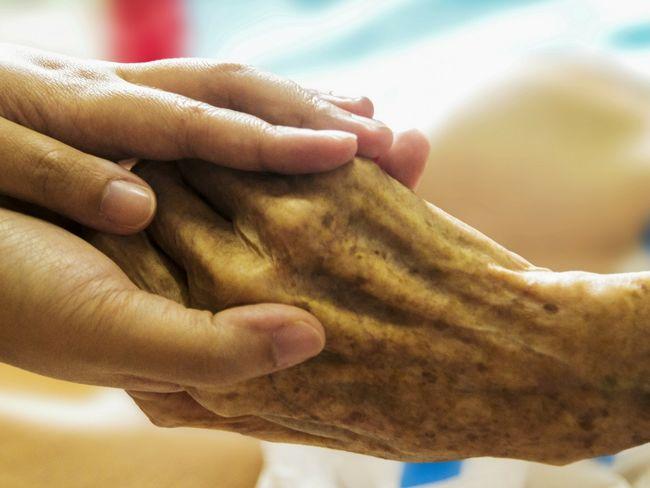 Helse og omsorg hender