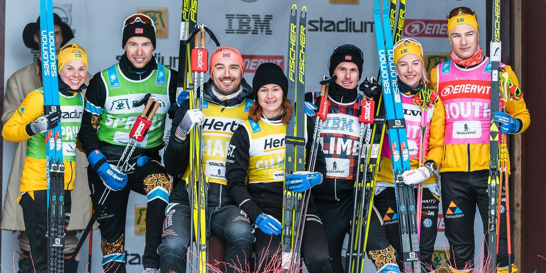 Flera av Visma Ski Classics totalvinnare efter säsongen 2019-2020. Fr. v. Lina Korsgren, Stian Berg, Andreas Nygaard, Britta Johansson Norgren, Morten Eide Pedersen, Ida Dahl och Max Novak. FOTO: Visma Ski Classics/Magnus Östh.