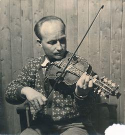 Ingvar Grønfur f