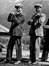Petter og Moses Paulen i bryllaup på Fuglestrand 1927
