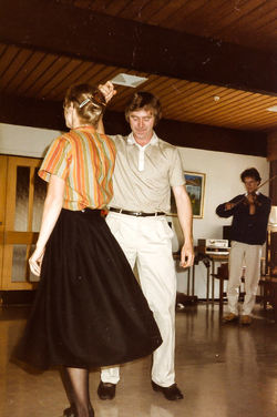 Hilde og Sigmund dansar springar Mo 1984-2