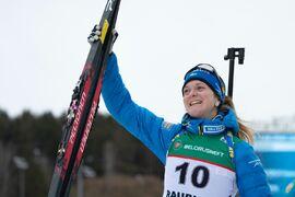 Mona Brorsson är framgångsrik på Peltonen skidor. FOTO: Peltonen.