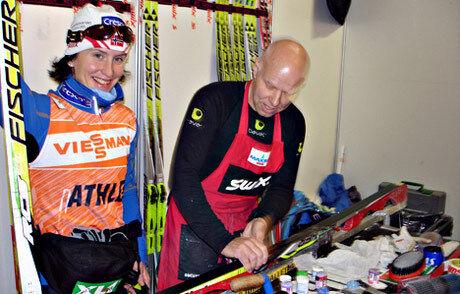 Nu är det klart att Perry Olsson blir en del av det svenska vallateamet. Bilden från tiden när han vallade åt Marit Björgen. FOTO: Jesper Johnsson.