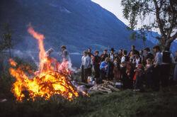 Feiring av ferdig innspelt plate nr 1, Sandalen på sørsida av Jølstravatnet, sommaren 1984-1