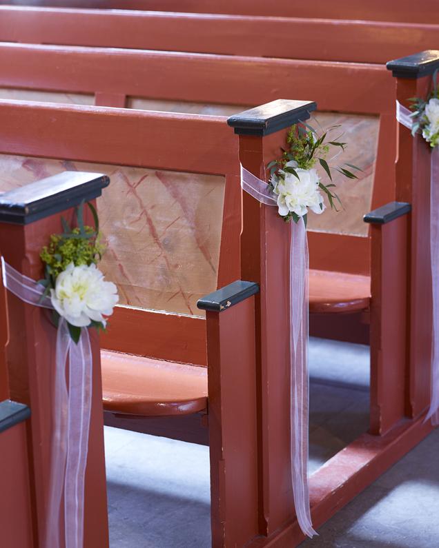 Blomster--benkerader---kirken.jpg