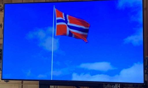TV flagg Bakketun.jpg