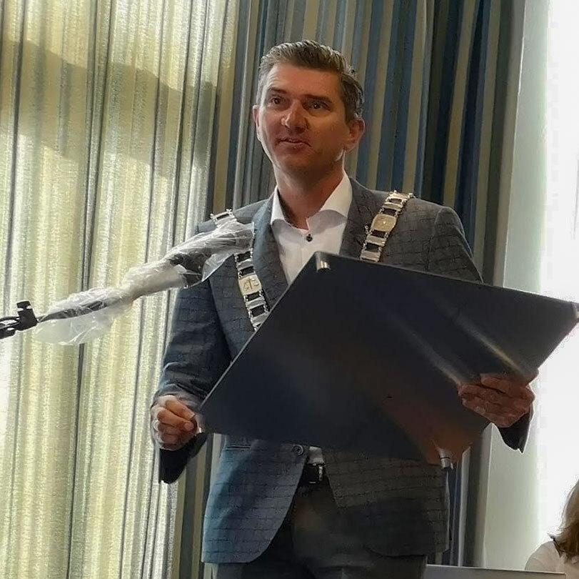 Ordfører deler ut miljøfyrtårn