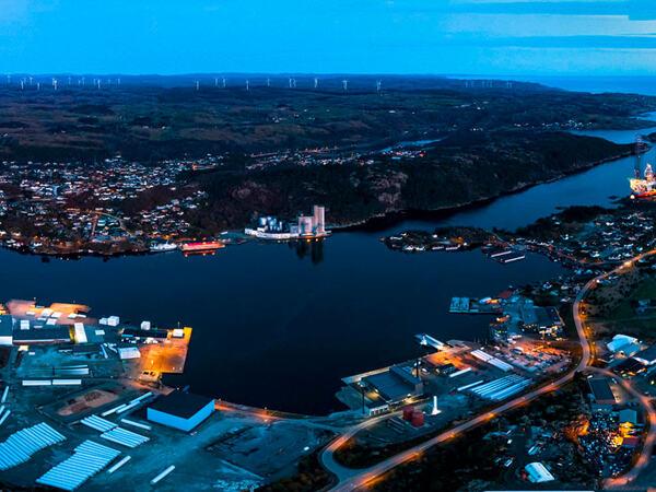 Egersund havn på kveldstid