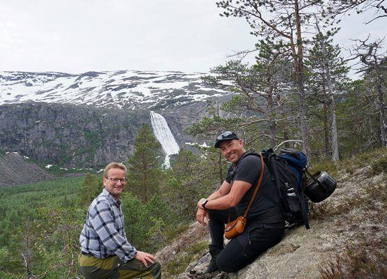 Ordfører Gisle Hansen og varaordfører Sten-Robert Hansen i Rago
