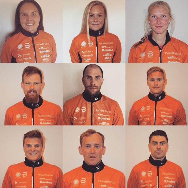 Nu är det orange som gäller för Julia, här i mitten högst upp med Sofie Elebro till vänster och Kristine Fjeld till höger. FOTO: Team Parkettpartner Sjusøen.