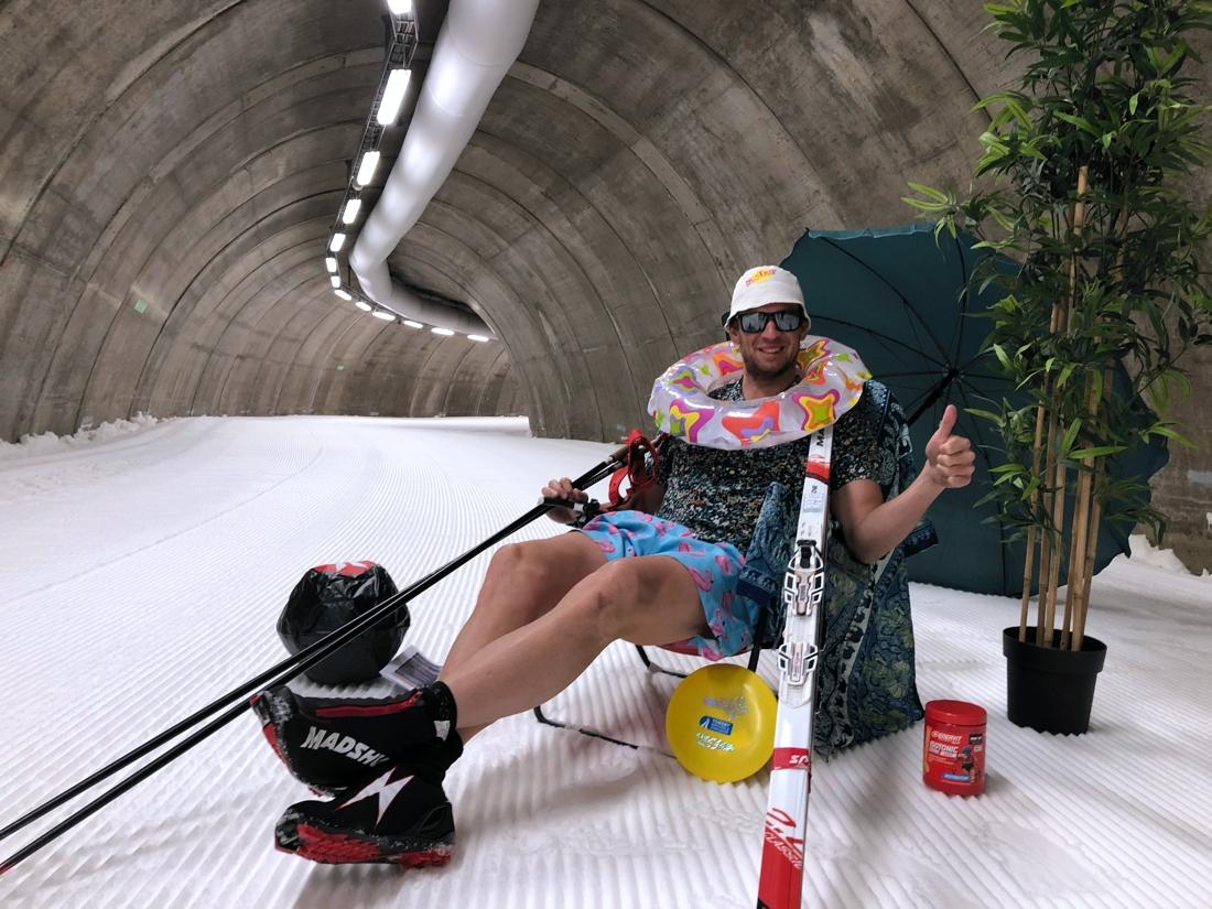 Rasmus Blom trivs i tunneln året runt. FOTO: Torsby Skidtunnel & Sportcenter.