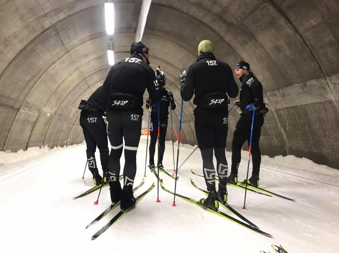 Lager 157 Ski Team-gänget passade på att testa skidor inför vintern i samband med lägret i Torsby. FOTO: Lager 157 Ski Team.