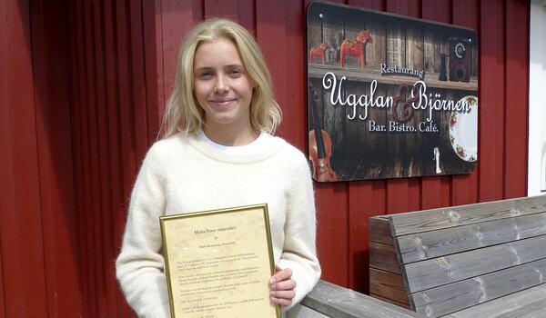 Märta Rosenberg tog guld på Ungdoms-OS i vintras och nu i sommar har hon fått både Charlotte Kalla-stipendet och Mora-Nisse stipendiet. FOTO: Johan Trygg/Längd.se.