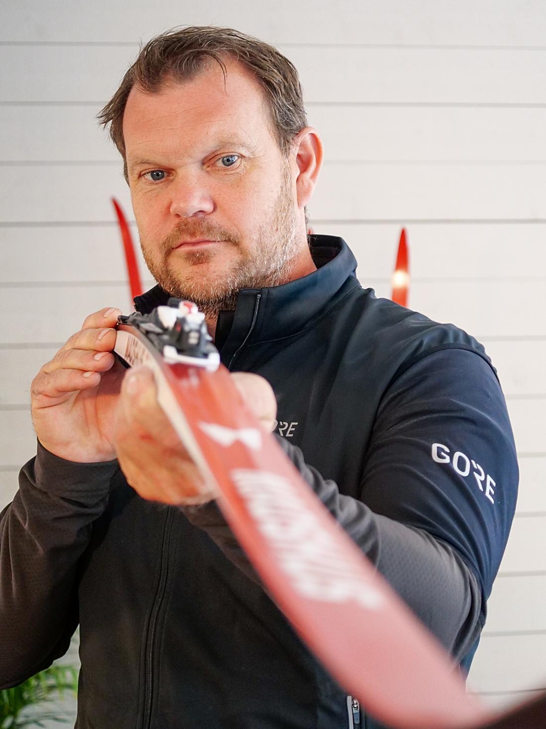 Världsmästaren på sprint 2003, Thobias Fredriksson, är glad att vara tillbaka och jobba med skidor på heltid. FOTO: Madshus.