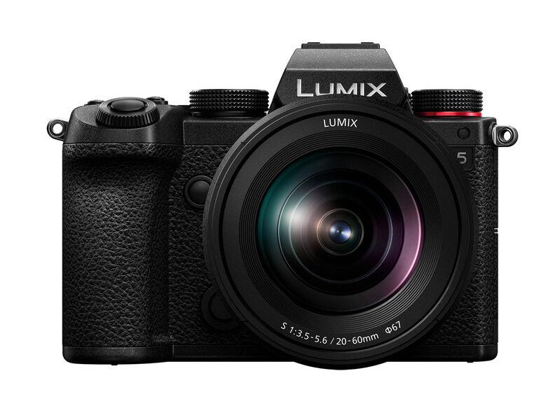 Panasonic Lumix S5 er det minste av de fire kameraene i Lumix S-serien, og markerer starten på en ny produktserie for Panasonic.