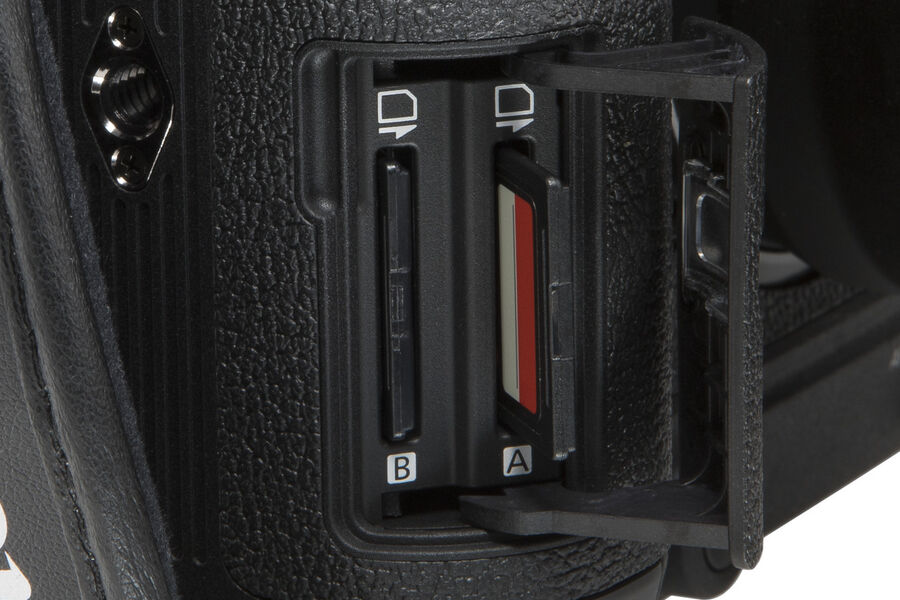 EOS C70 Dual Slot BEAUTY 03