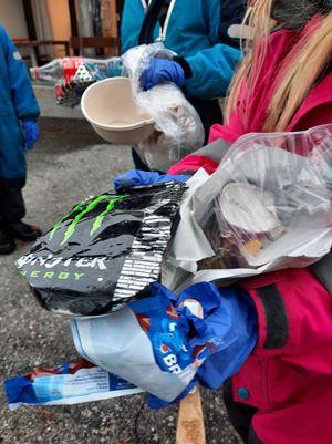 Barna fant mange typer søppel