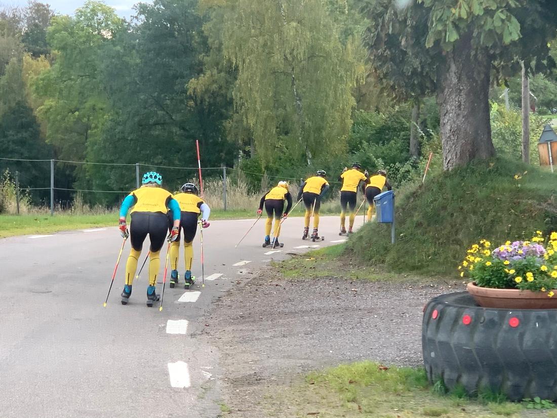 Full fart på de skånska landsvägarna. FOTO: Johan Trygg/Längd.se.