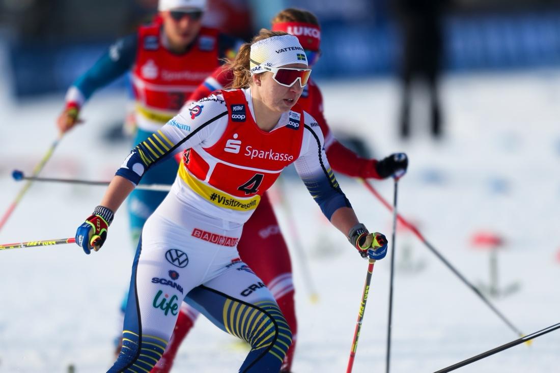 Trots en tung säsong så blev Evelina trea på teamsprinten I Dresden tillsammans med Linn Sömskar i mitten på januari. FOTO: Philipp Brem, Gepa Pictures/Bildbyrån.