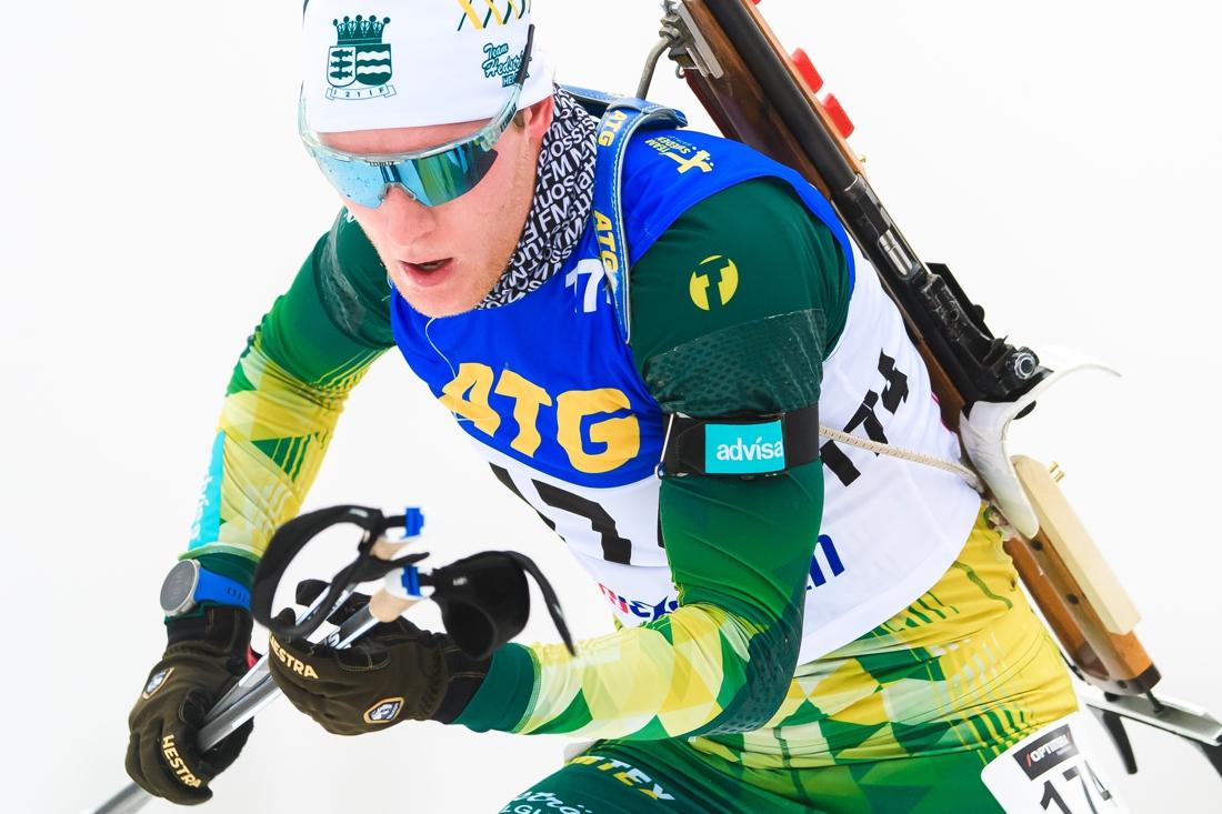 Sebastian Samuelsson på väg mot andra raka segern på Idre Fjäll. FOTO: Fredrik Karlsson/Bildbyrån.