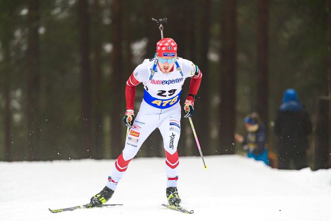 Efter en stark insats vid premiären på Idre Fjäll får unge Malte Stefansson åka de två första världscupomgångarna i skidskyttevärldscupen. FOTO: Fredrik Karlsson/Bildbyrån.