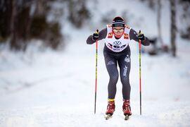 Max Novak på väg mot seger vid premiären i Bruksvallarna. FOTO: Johanna Lundberg/Bildbyrån.