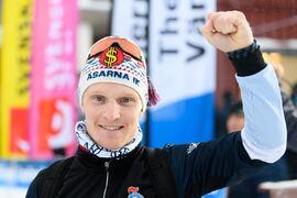 Jens Burman vann 15 kilometer fri stil vid säsongsstarten i Gällivare i fjol. Burman gör sitt första lopp för säsongen idag och hör förstås till favoriterna. FOTO: Mathias Bergeld/Bildbyrån.