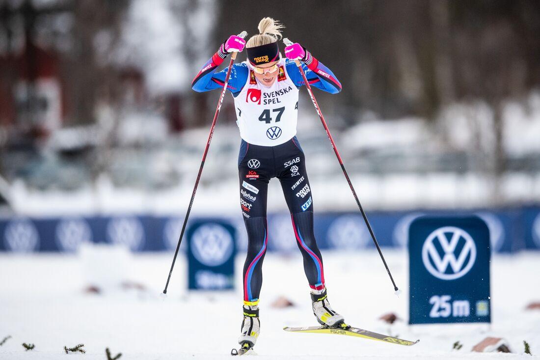 Frida Karlsson vann fristilssprinten i Bruksvallarna 9,9 sekunder före Ebba Andersson. FOTO: Johanna Lundberg/Bildbyrån.