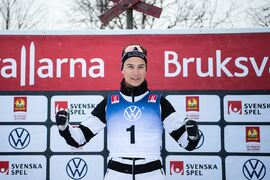 Max Novak stängs av en månad för att han spelade på samma lopp som han deltog i själv vid säsongspremiären i Bruksvallarna. FOTO: Johanna Lundberg/Bildbyrån.