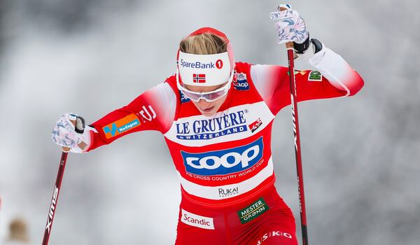Therese Johaug vann klart i jaktstartsloppet i Ruka. FOTO: Tomi Hänninen. Bildbyrån.