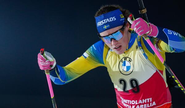 Fullt fokus från Hanna Öberg och ny seger. FOTO: Kalle Parkkinen/Bildbyrån.
