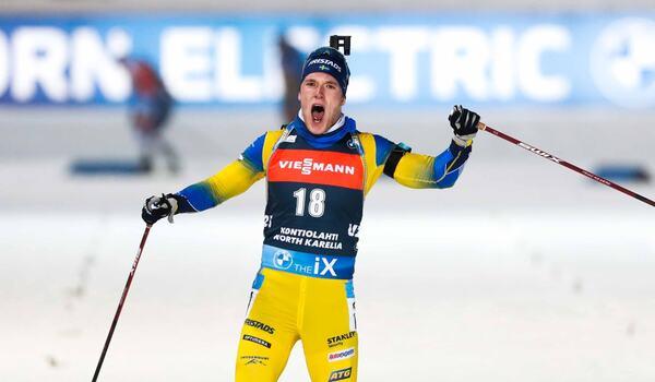 Segern på vann jaktstarten i Kontiolahti var Sebastian Samuelssons första i världscupen. FOTO: Kalle Parkkinen/Bildbyrån.