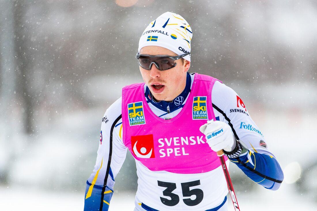 Åsarnas William Poromaa avgjorde på sista fem kilometerna när han vann 15 kilometer klassiskt i Östersund på torsdagen. FOTO: Erik Mårtensson/Bildbyrån.