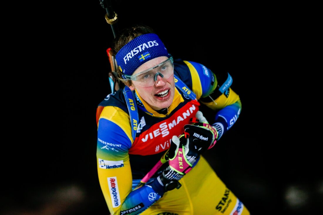 Elivira Öberg slutade femma, tre sekunder från pallen på fredagens sprint i Österrike. FOTO: Kalle Parkkinen/Bildbyrån.