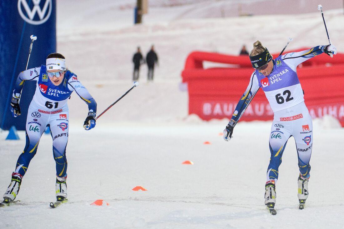 Ebba Andersson tog spurten en tiondel före Frida på landslagets masstartslopp. FOTO: Erik Mårtensson/Bildbyrån.