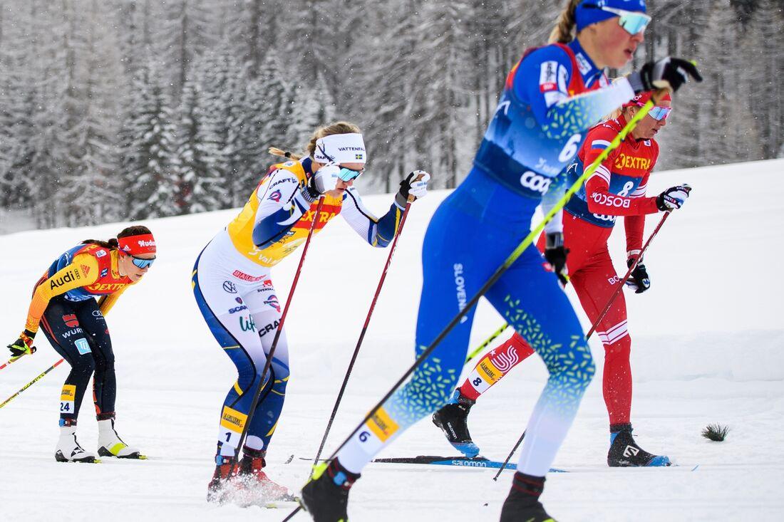 Linn Svahn vann för andra dagen I rad på Tour de Ski efter en minst sagt imponerande insats. FOTO: Maxim Thoré/Bildbyrån.