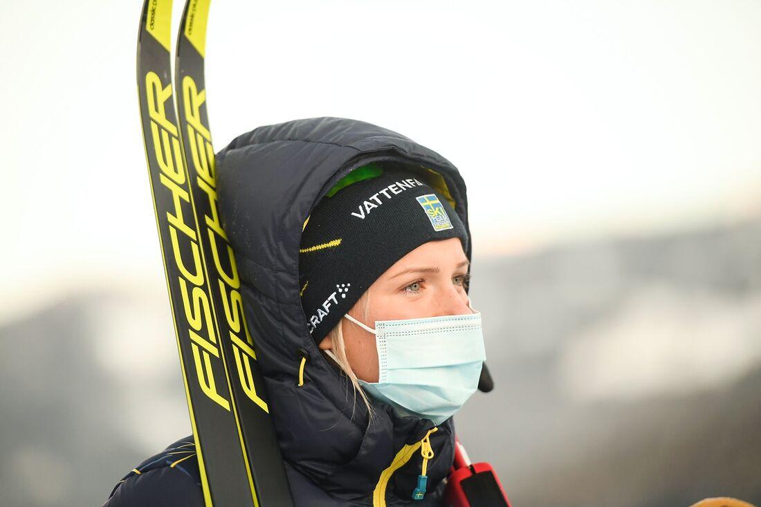 Frida Karlsson kommer inte till start på dagens sprint vid Tour de Ski. FOTO: Maxim Thore/Bildbyrån.