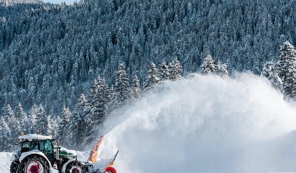 Det har kommit så mycket snö Engadindalen att banan för lördagens La Diagonela måste ändras på grund av lavinrisk. FOTO: Visma Ski Classics.